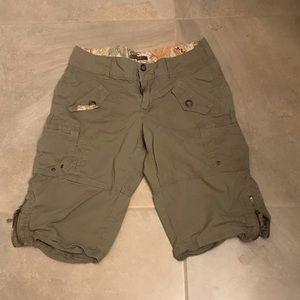 Shorts Art 9  must be bundle